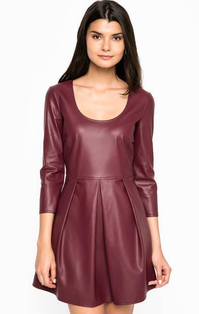 Короткое платье из искусственной кожи
